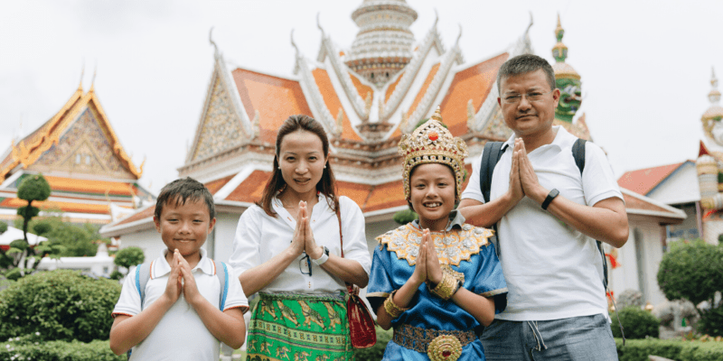Family Portrait Ideas in Bangkok