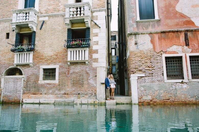 couple photographer in Venice, Italy