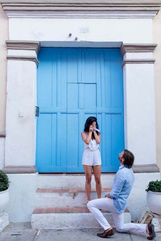 secret proposal photographer in Cartagena