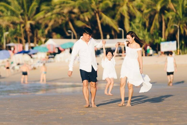 family vacation photographer in Phuket, Thailand