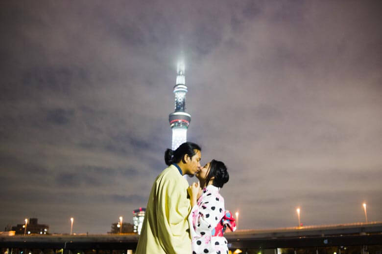 secret proposal photographer in Tokyo, Japan