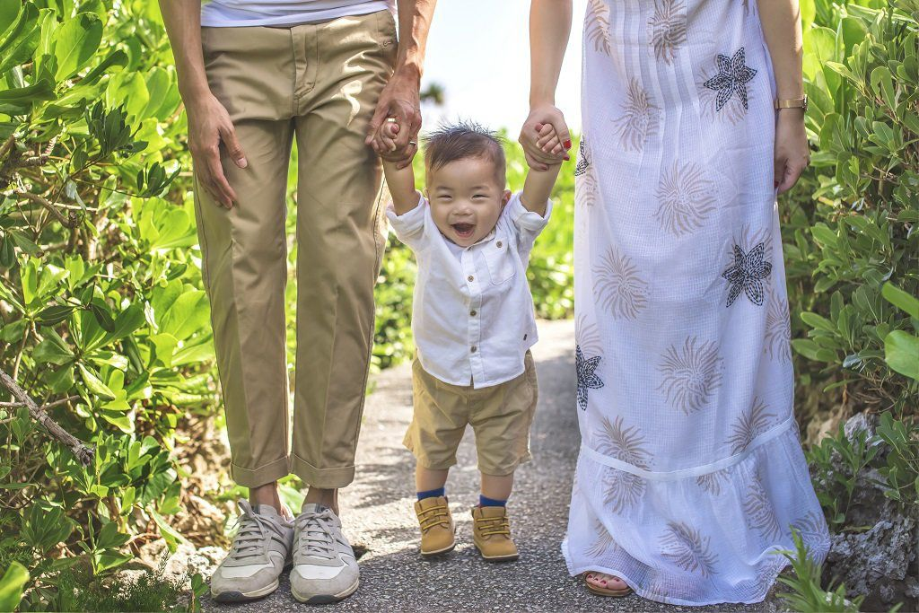Family Vacation Photo Shoot in Okinawa
