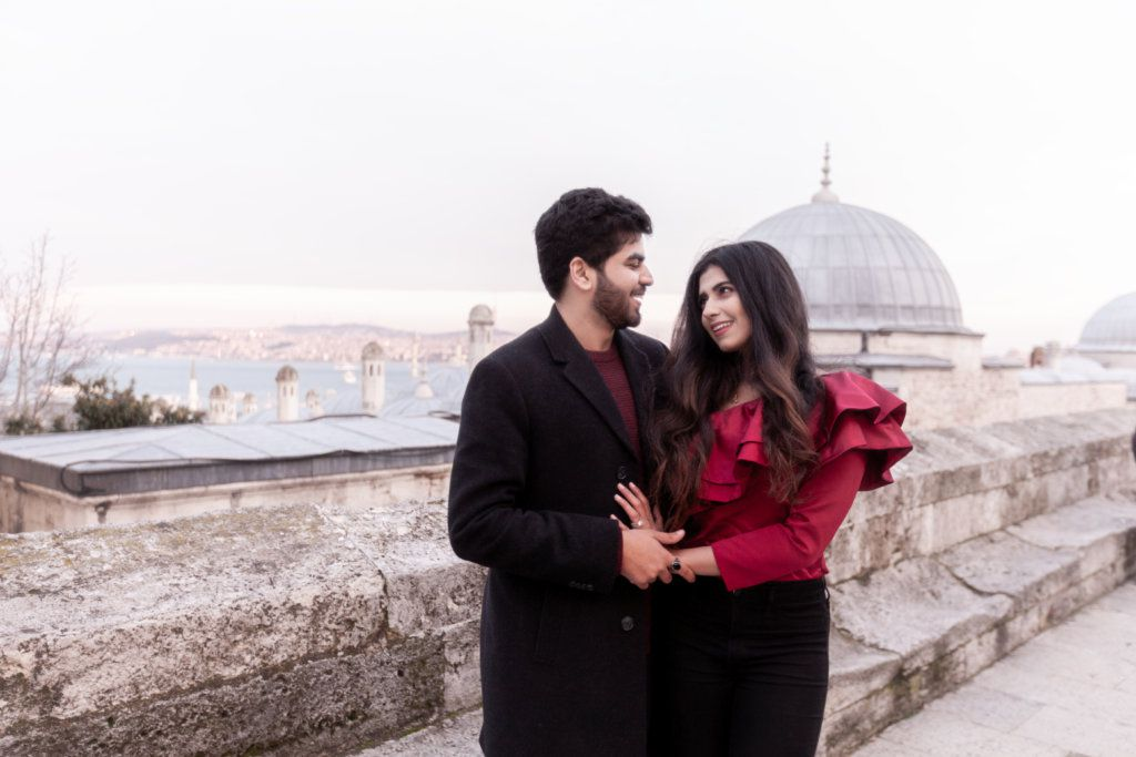 anniversary photographer in Istanbul