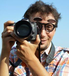 Photographer in Loule