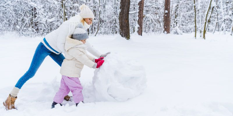 Family Portrait Ideas in Winter